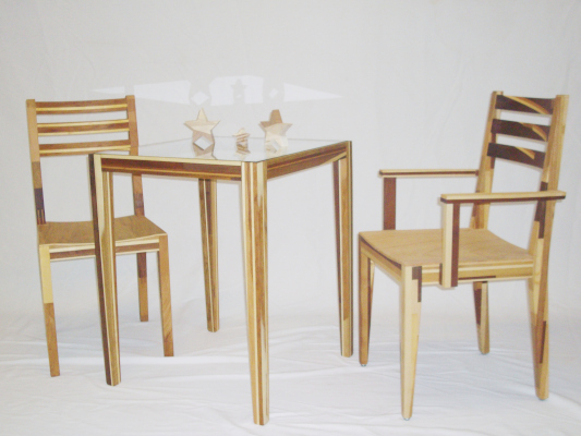 Restholzmöbel Tisch & Stühle